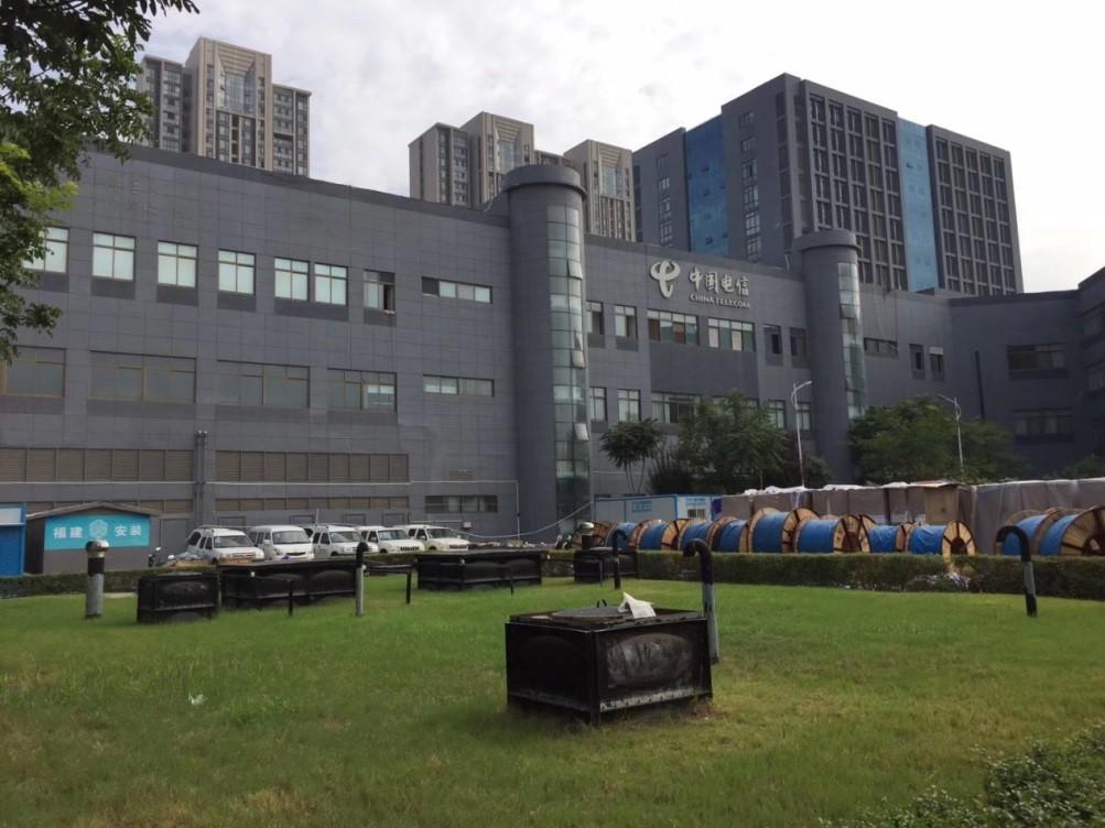 我公司承建的郑州电信枢纽楼增容工程送电成功